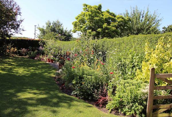 Newbury Quaker Garden